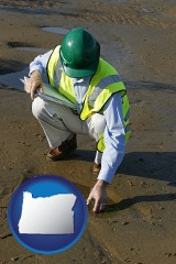 oregon map icon and an environmental engineer wearing a green safety helmet