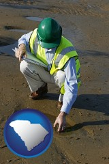 south-carolina map icon and an environmental engineer wearing a green safety helmet