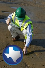 texas map icon and an environmental engineer wearing a green safety helmet