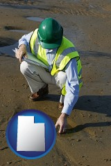 utah map icon and an environmental engineer wearing a green safety helmet