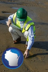 wisconsin map icon and an environmental engineer wearing a green safety helmet